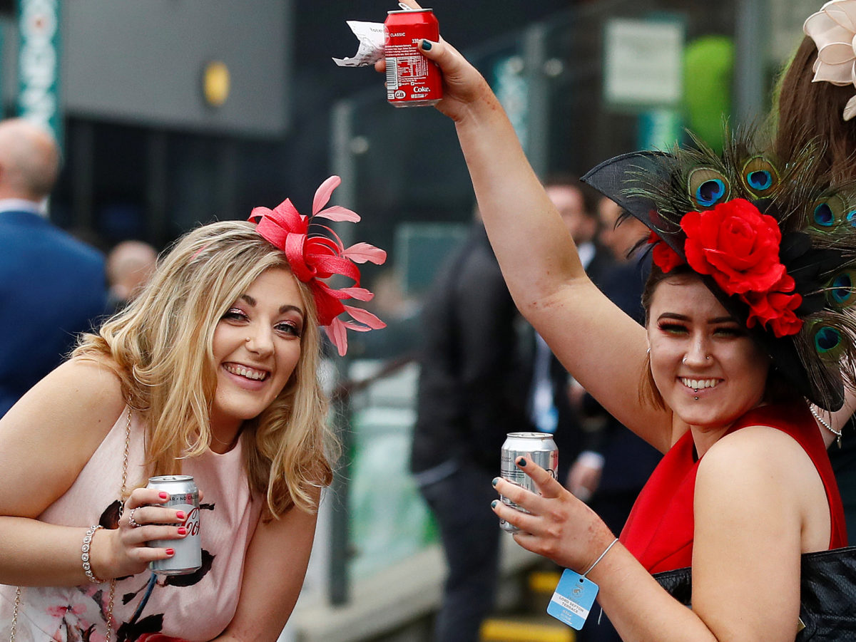 Liverpool Echo takes swipe at Mail over 'unflattering' pictures of Grand National racegoers