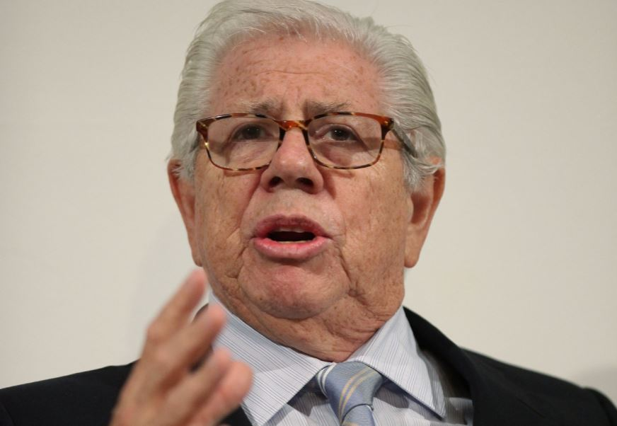 Carl Bernstein: You're not going to get the story on Google or Twitter, we get it by talking to people