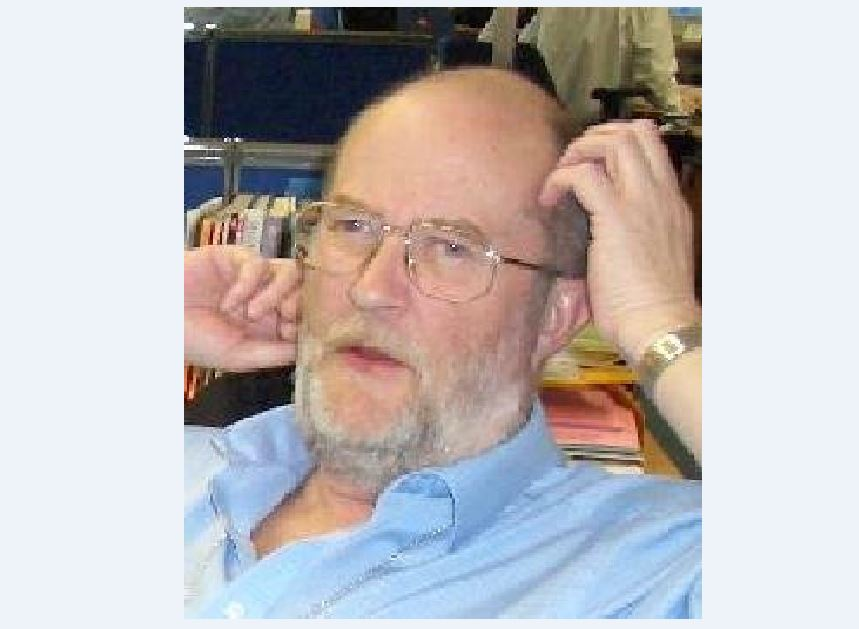 Mike Davey: 'Mr Cool' News of the World production editor who harnessed new technology
