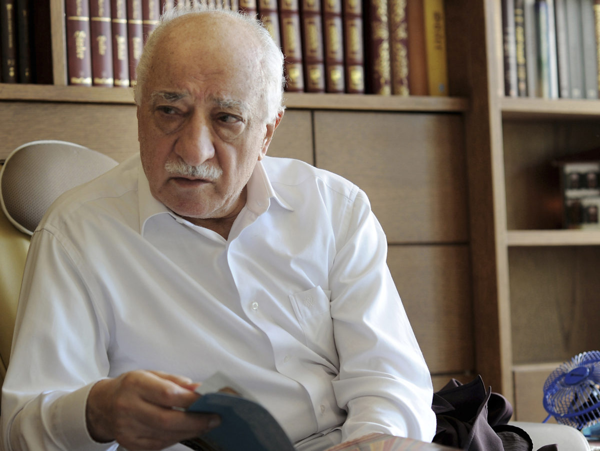 Further 47 warrants out for journalists in Turkey as media crackdown continues