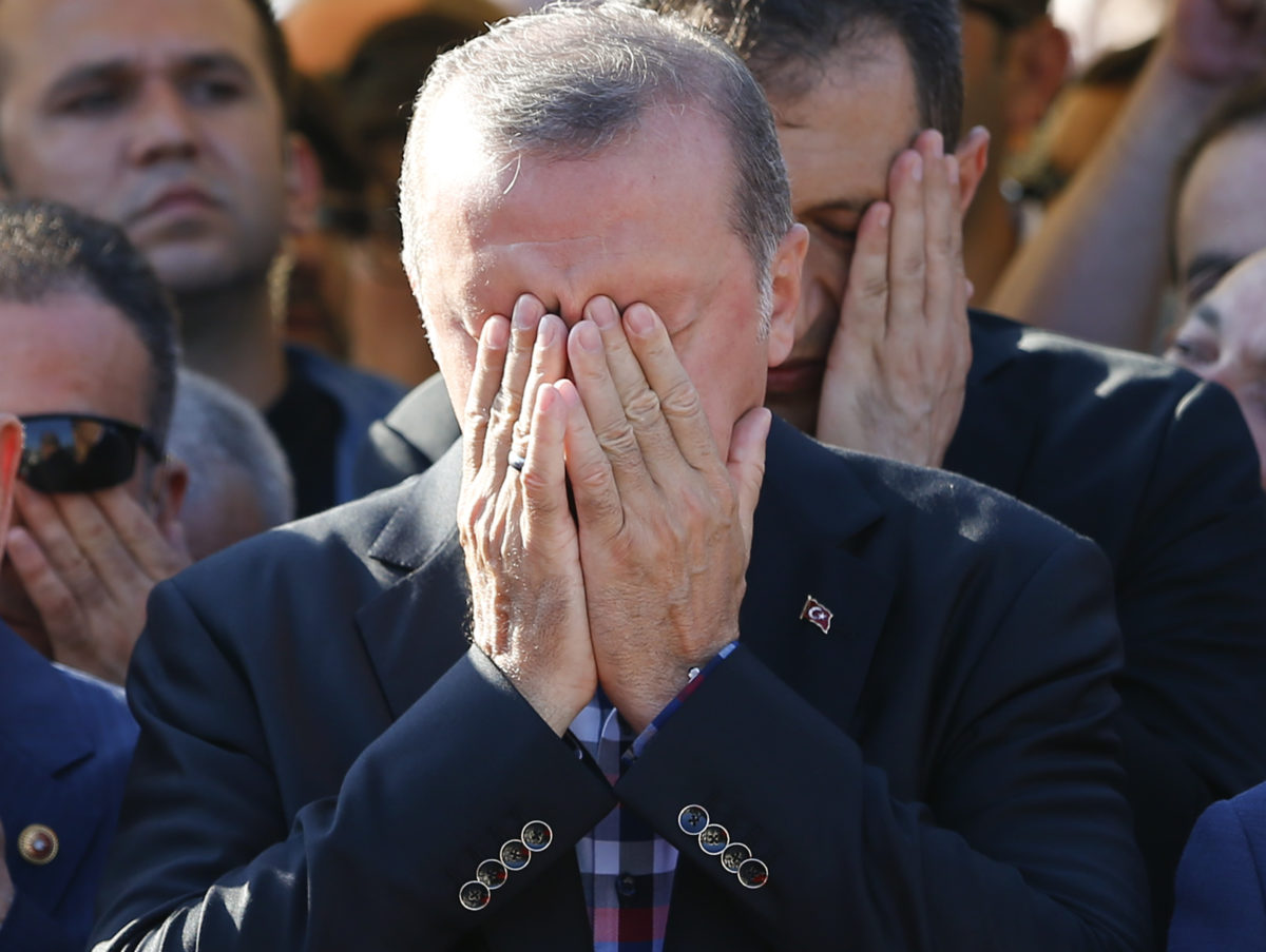 Wikileaks blocked in Turkey as 300,000 emails from ruling AKP party published in 'megaleak'