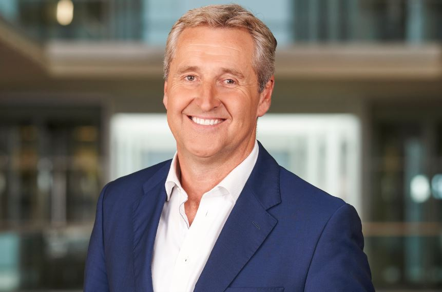 ITV News presenter Mark Austin to step down after 30 years with ITN