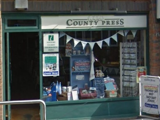 Isle of Wight County Press journalists call for halt to Newsquest bid for paper