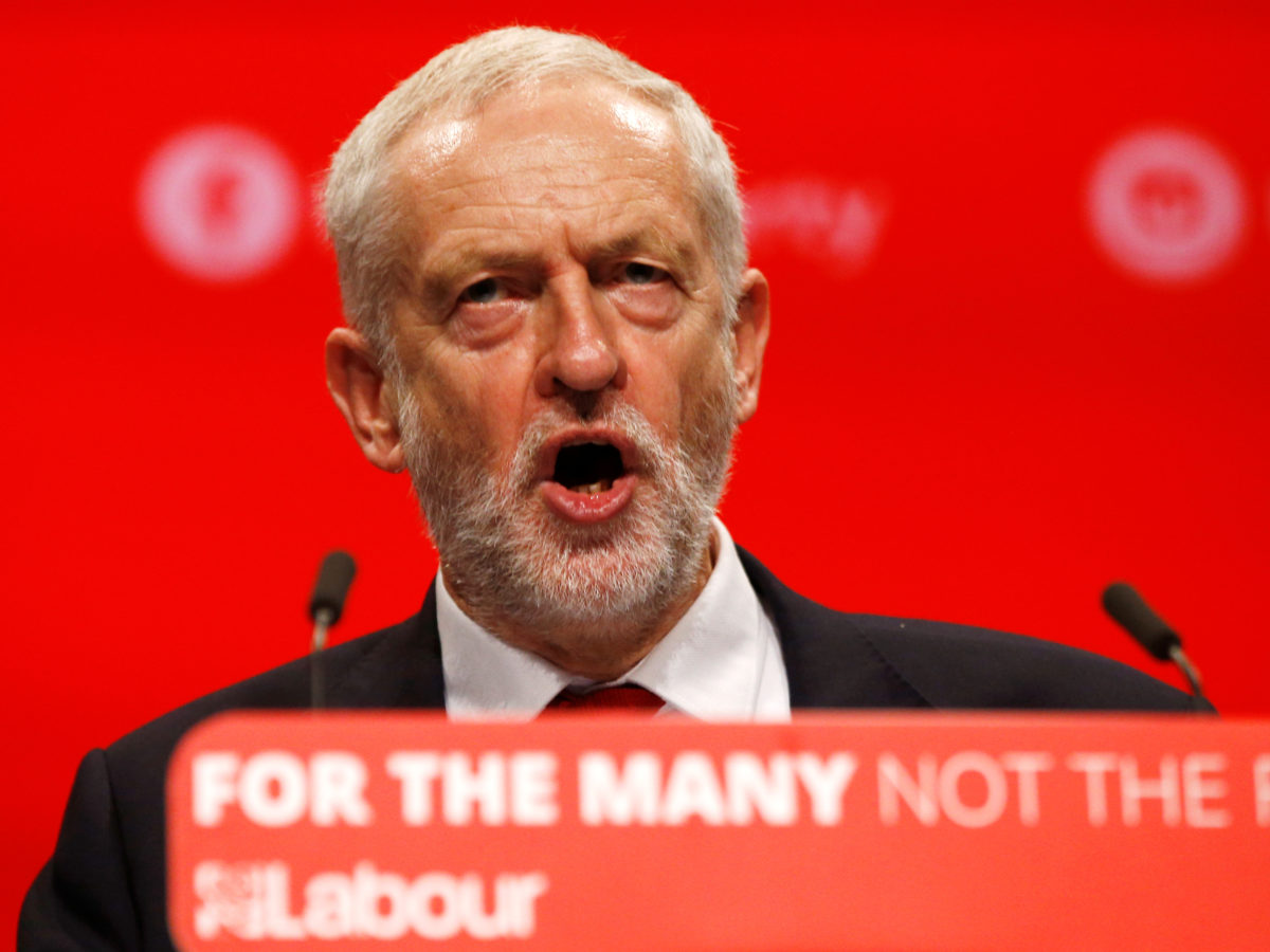 Jeremy Corbyn goads Daily Mail editor Paul Dacre saying British people saw through paper's 14-page attack on Labour