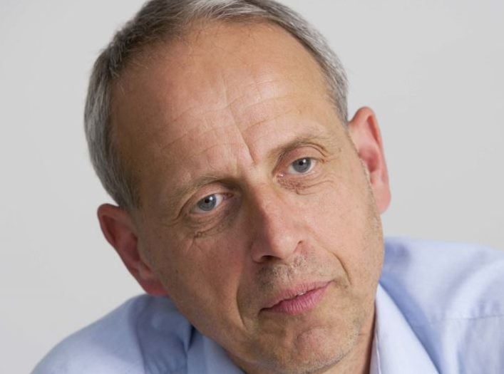 BBC Controller of English Regions David Holdsworth to step down after 33 years at corporation