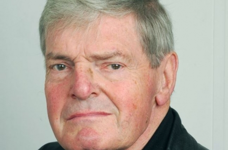 Peter Preston: 'Brave and committed Guardian editor of 20 years who left an indelible mark on the newspaper'