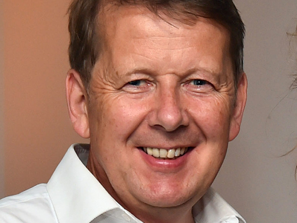 Former BBC Breakfast presenter Bill Turnbull diagnosed with prostate cancer