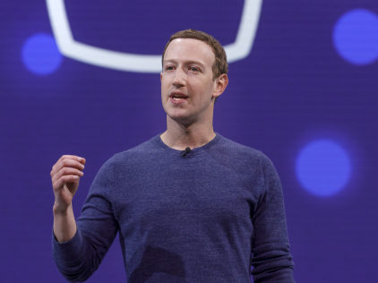 Facebook begins ranking news organisations by trustworthiness in bid to tackle 'fake news'