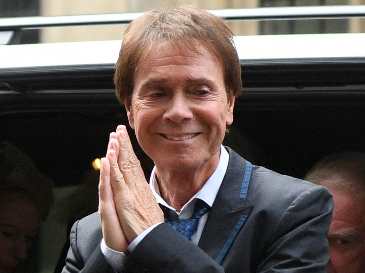 Government 'not persuaded' by plans for anonymous arrests in wake of Sir Cliff Richard reports