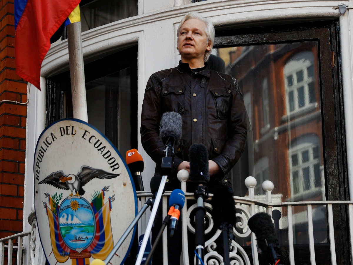 Julian Assange steps down as Wikileaks editor after losing access to internet in embassy refuge
