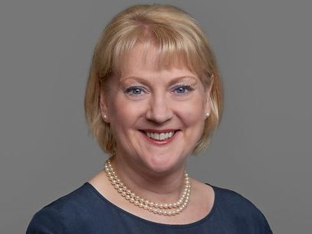 Ex-BBC deputy director general Anne Bulford joins Reach board