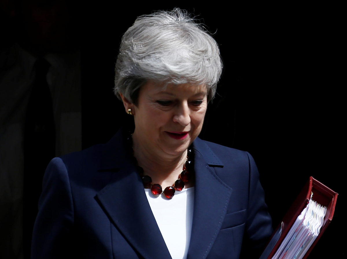 Theresa May pays tribute to 'important work' of Yorkshire Post in letter before leaving Number 10