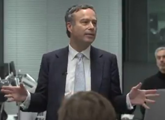 Lionel Barber says FT staff are 'family' in speech on last day as editor