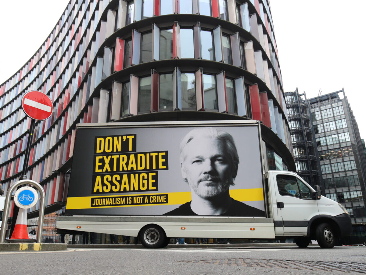 Poll: Six in ten want UK Government to intervene in Assange extradition case