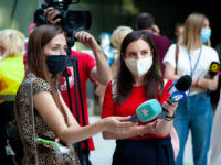 woman journalist women journalists female journalists covid coronavirus mask