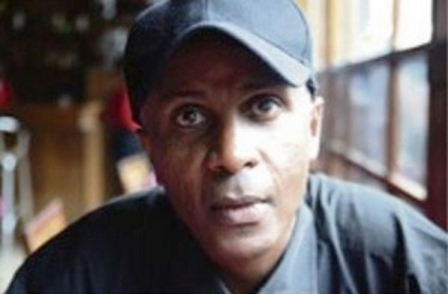 Ethiopian journalist branded a 'terrorist' and locked up for 18 years wins 2014 Golden Pen of Freedom