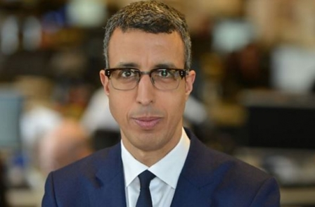 Kamal Ahmed moves from business to economics editor of BBC, replacing Robert Peston