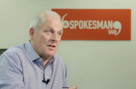 Former Sun editor Kelvin MacKenzie launches website to help consumers complaint