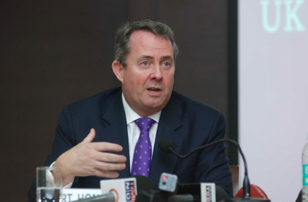 As Guardian celebrates Pulitzer win, Liam Fox accuses paper of 'ignorance and arrogance'