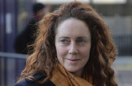 Hacking trial: Rebekah Brooks admits using private detectives but denies all knowledge of Glenn Mulcaire and phone-hacking