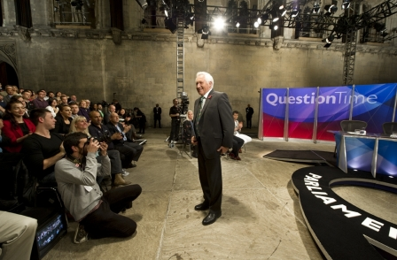 David Dimbleby to host 'final' general election broadcast in 2015