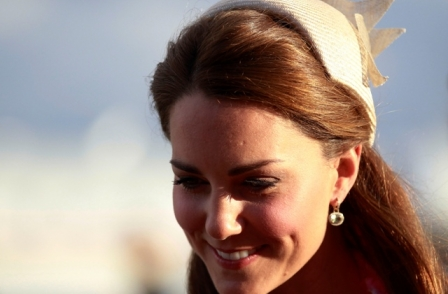 French court grants injunction over Duchess of Cambridge topless pics
