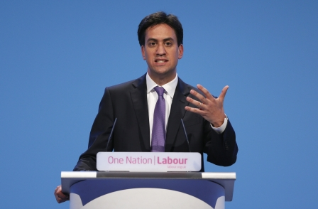 Ed Miliband urges journalists not to be cynics: 'Make this election about the issues'