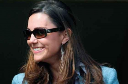 Topless Kate Middleton pics spark furious backlash