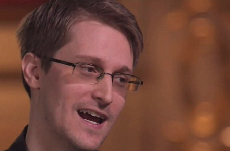 Daily Mail attacks 'supreme arrogance' of Guardian as Edward Snowden suggests he did not read all leaked documents