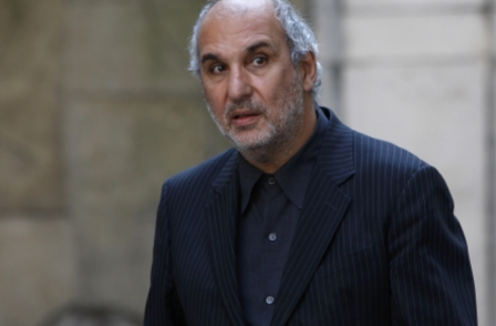 Trinity Mirror loses legal bid to force Alan Yentob to pay its legal costs over hacking claim