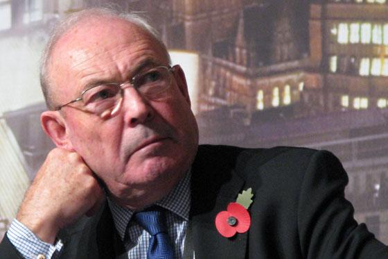 'Tireless' press freedom campaigner and former Sunday Express editor Robin Esser dies aged 84