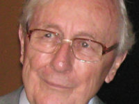 Tributes paid to 'brilliant journalist' as former Daily Mirror editor Tony Miles dies aged 87