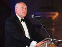 Ex-Daily Mail editor Paul Dacre takes swipe at BBC and salutes Fleet Street as he's named London Press Club's first 'journalist laureate'