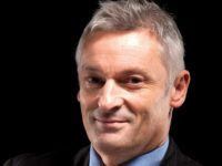 University vice-chancellor blasts 'meddling journalists' in speech to stricken council